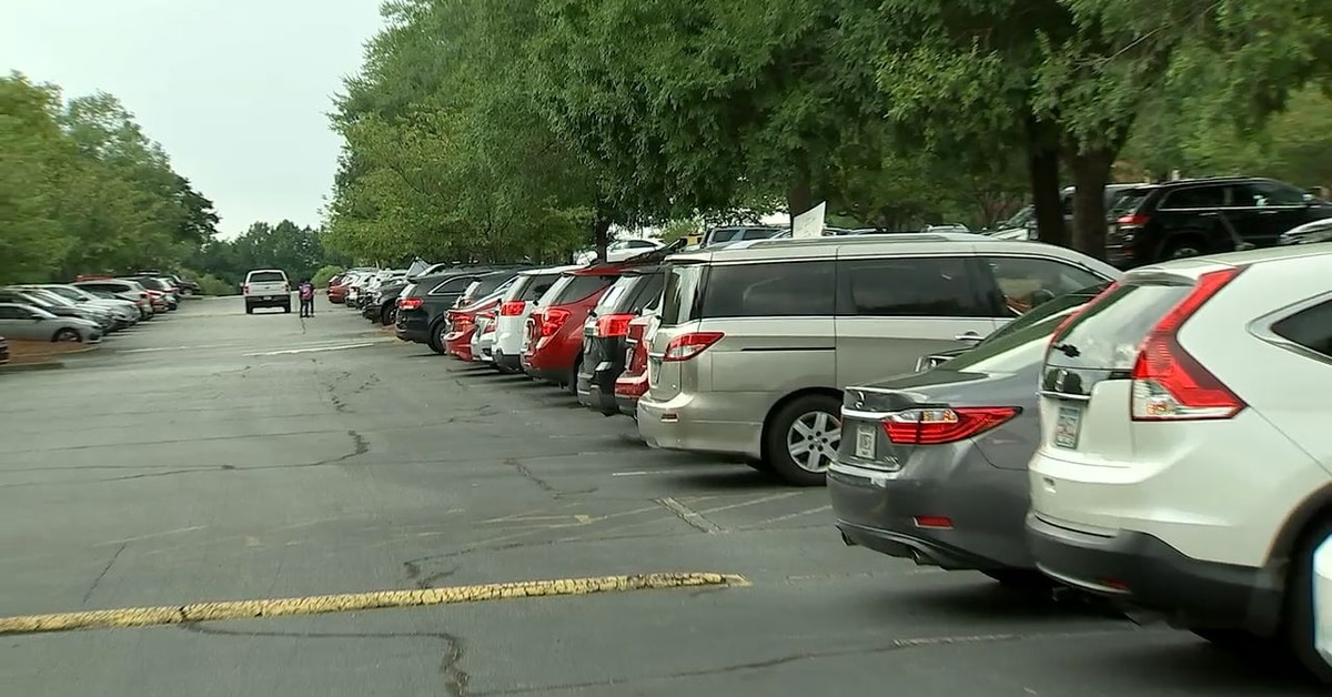 Gwinnett teachers honk horns for hours in protest about return to school