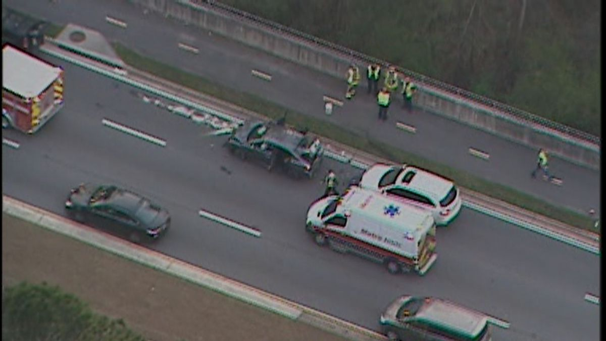 Barrett Parkway reopens after serious multi-vehicle crash