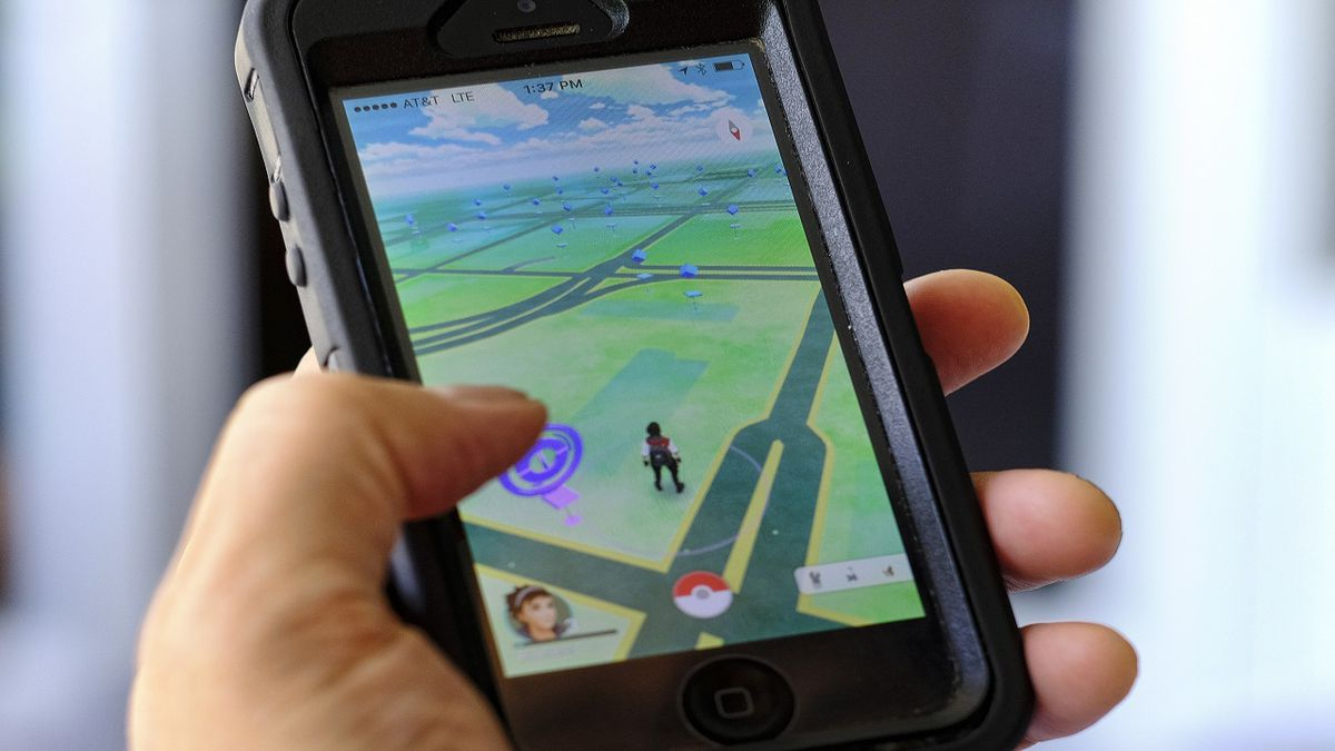 Teen finds dead body while playing 'Pokemon Go' smartphone game