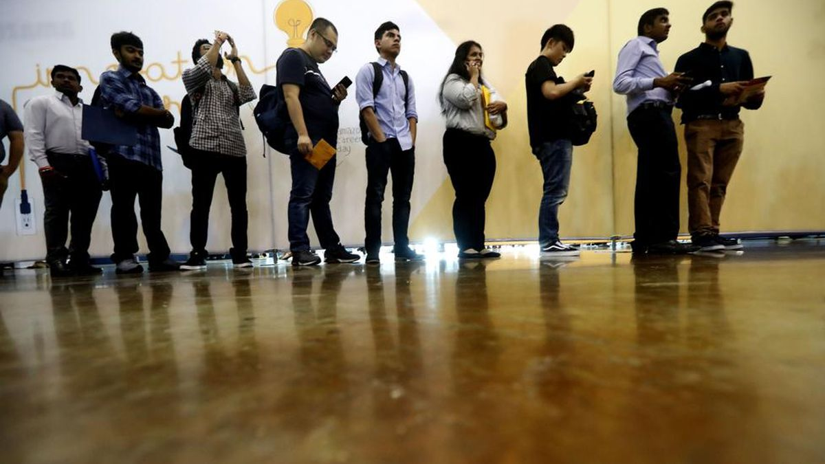 Georgia's unemployment rate reaches record low of 3.3%