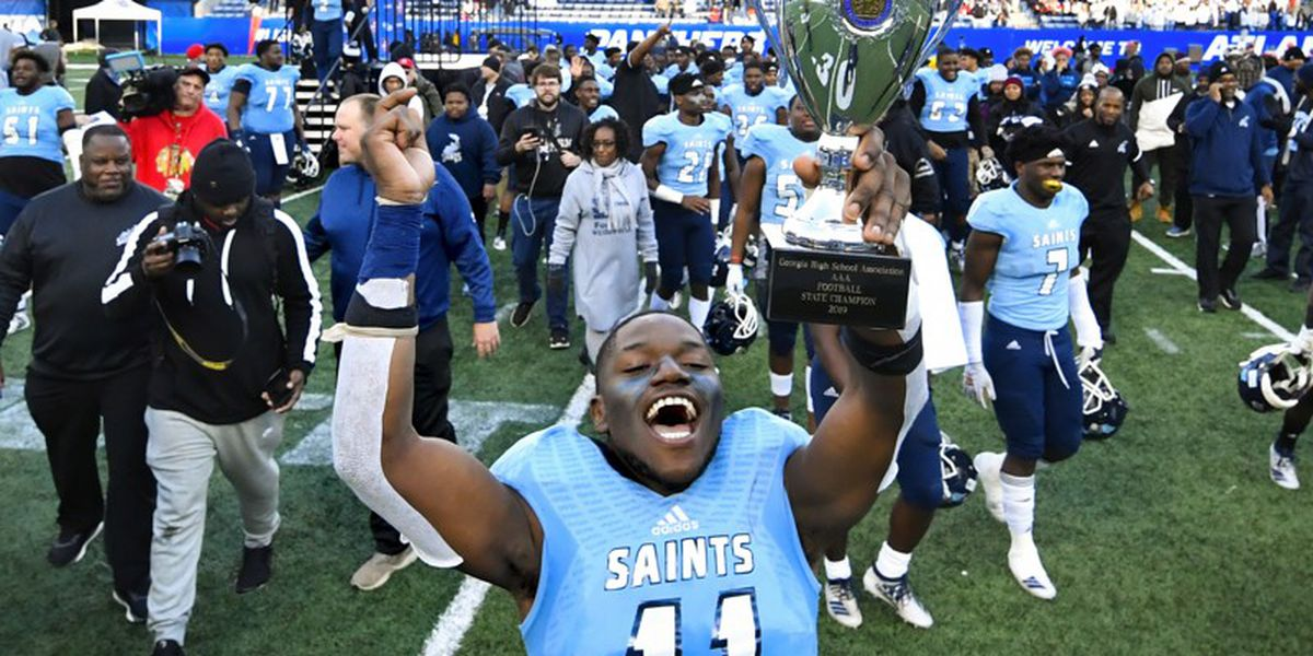 8 high school football teams crowned state champs