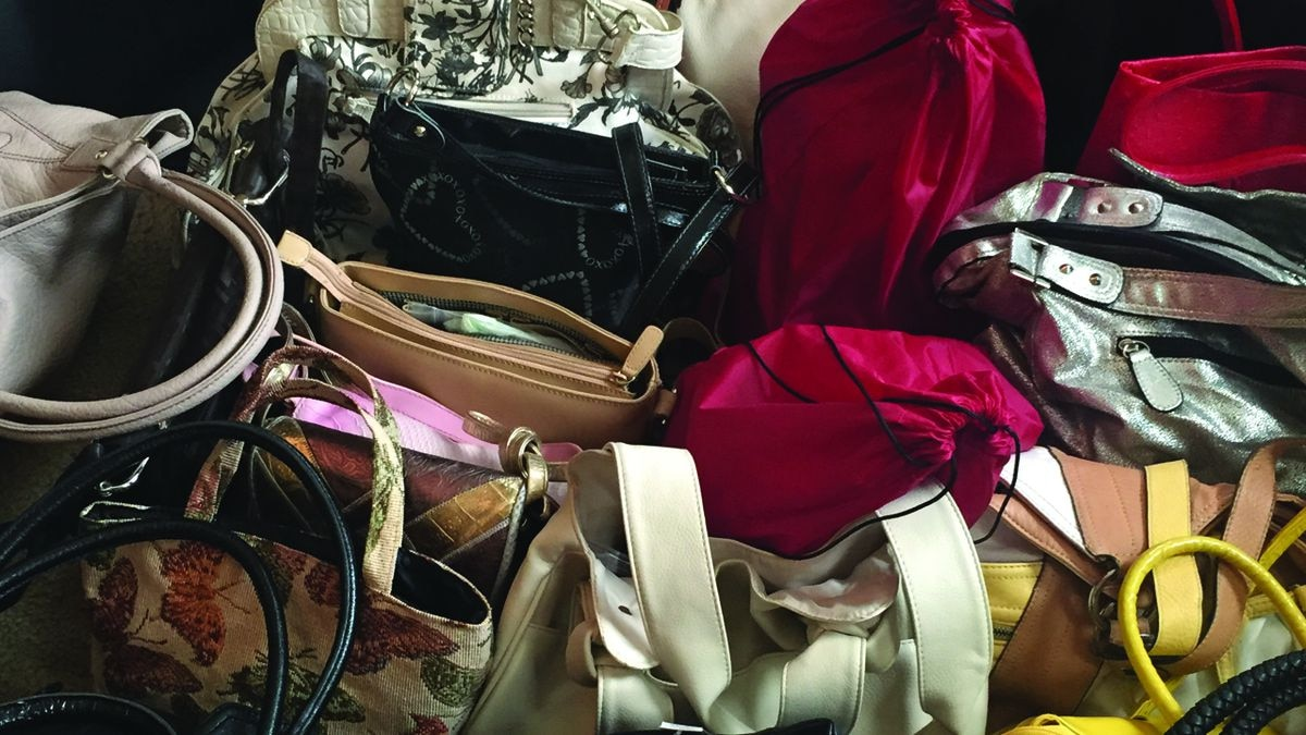 Woman on a 'purse-onal' mission for domestic violence survivors