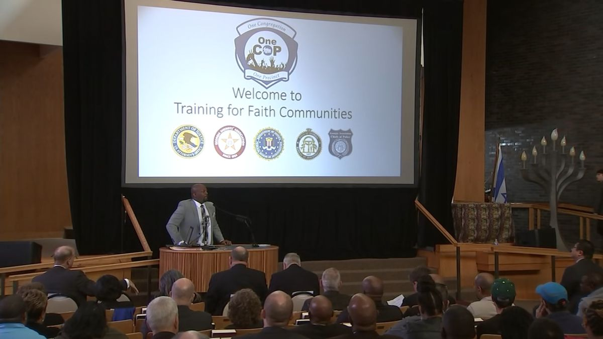 FBI, faith leaders come together for security training following Pittsburgh shooting