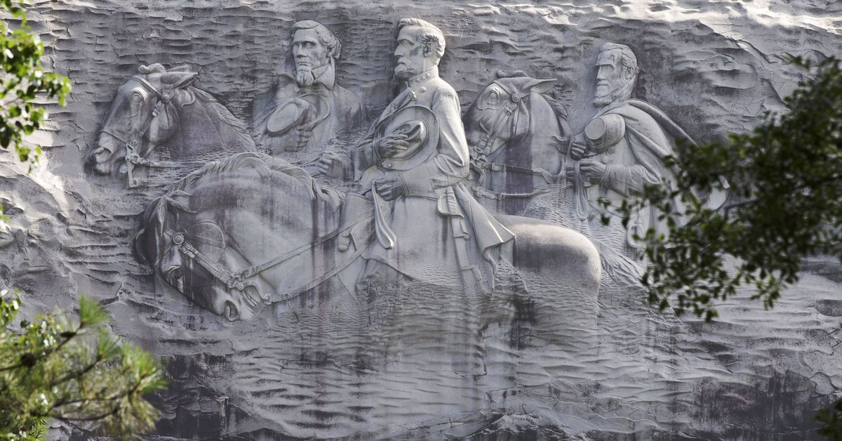 Stone Mountain Park to close Saturday ahead of anticipated white supremacist rally