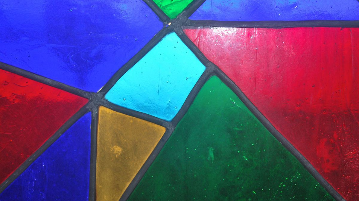 Man named Glass smashes stained glass church windows, causing $4,000 in damage, report says