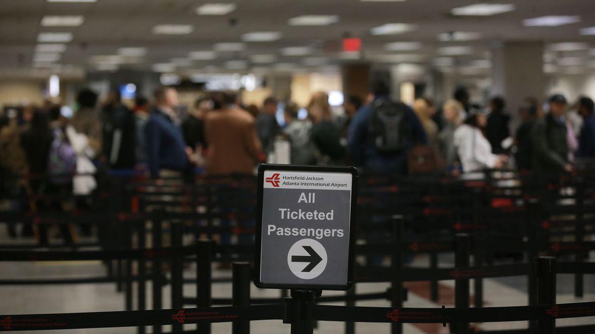 Atlanta TSA officer dies of coronavirus