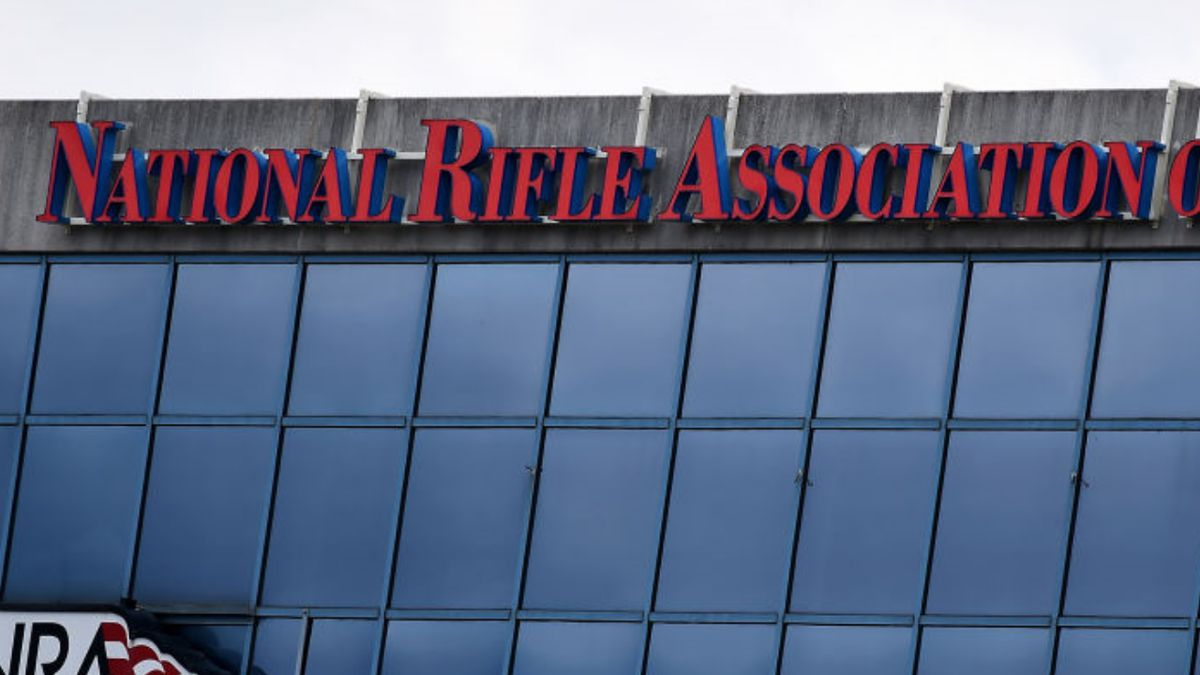 NRA declares bankruptcy, will reincorporate in Texas