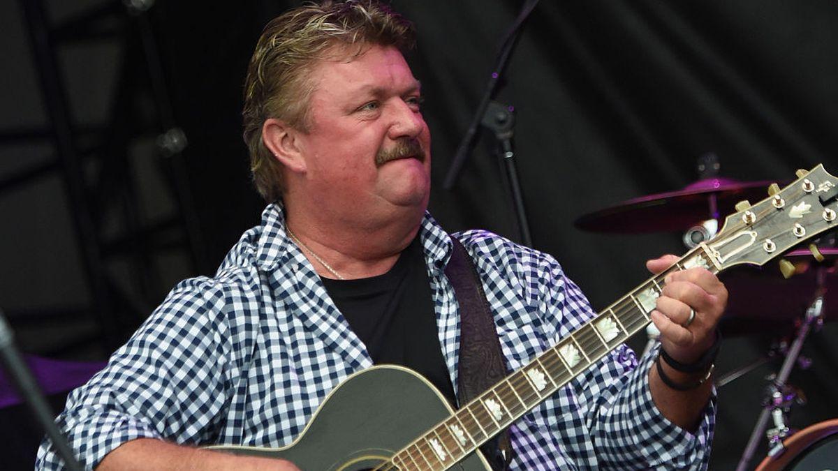 Country music star Joe Diffie dies from coronavirus complications