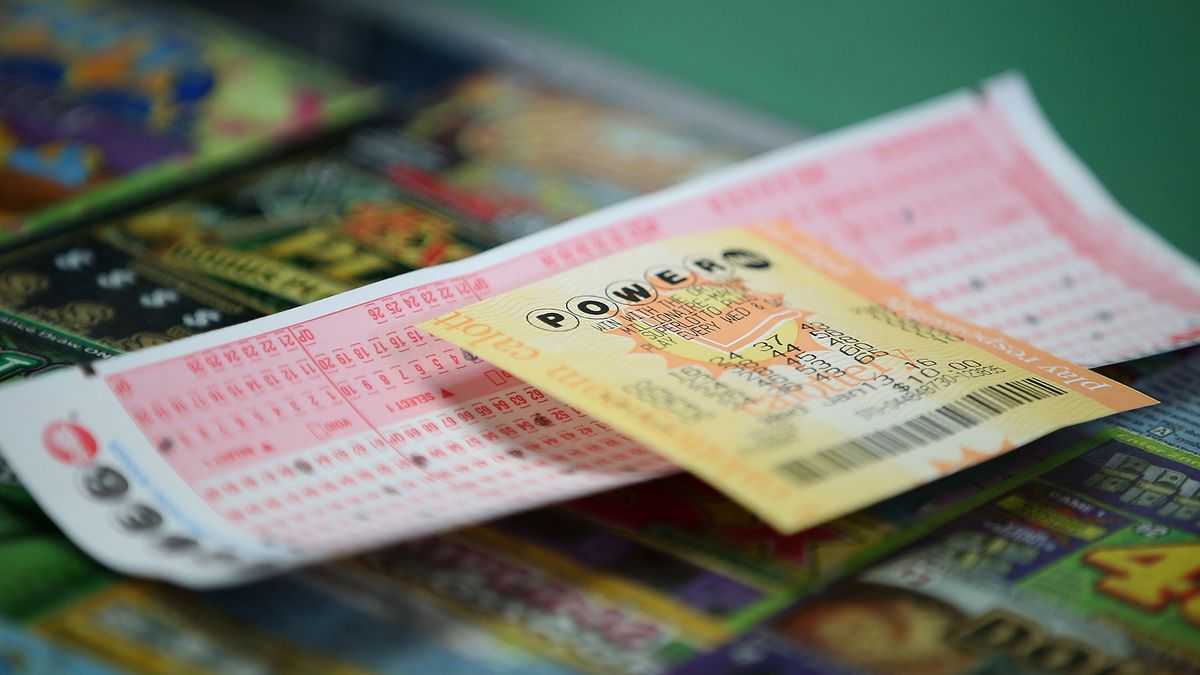 Someone's Leap Day Powerball ticket is worth $50,000