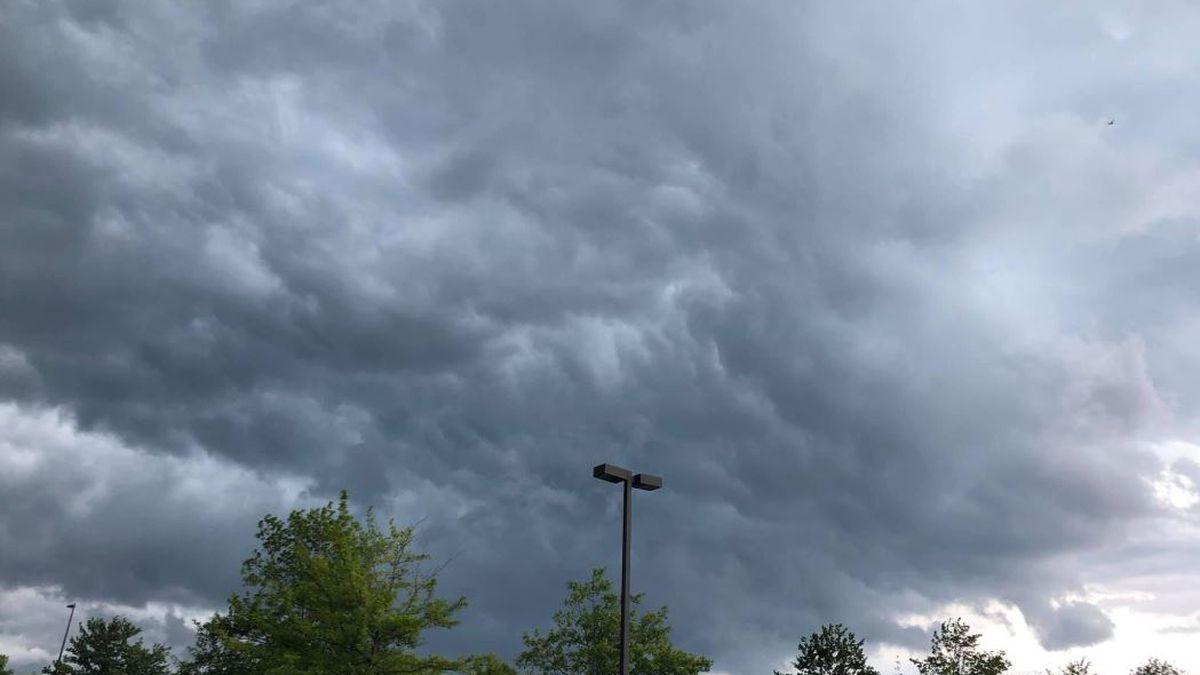 Heavy rain, storms move through ahead of Thanksgiving