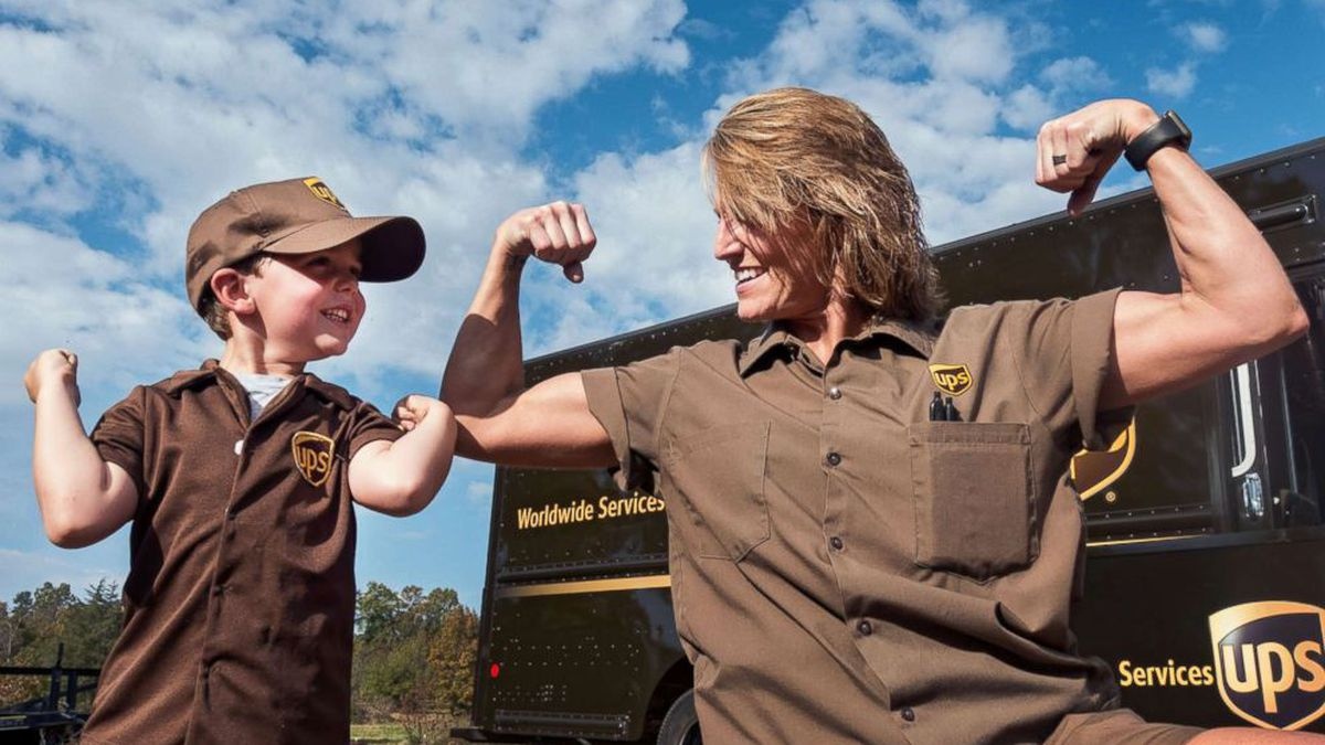 5-year-old boy forms special bond with UPS driver: 'He just blesses my heart'