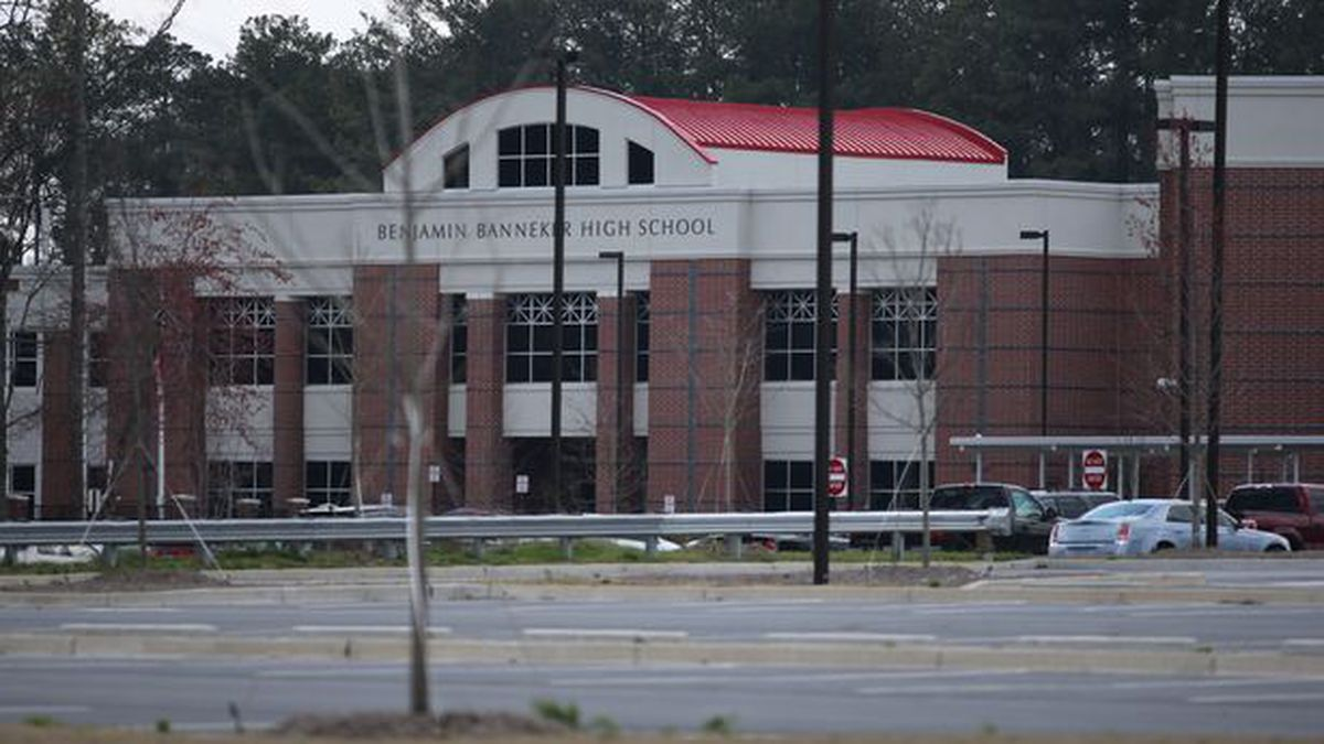 South Fulton County school switches to remote learning after 6 cases of COVID-19