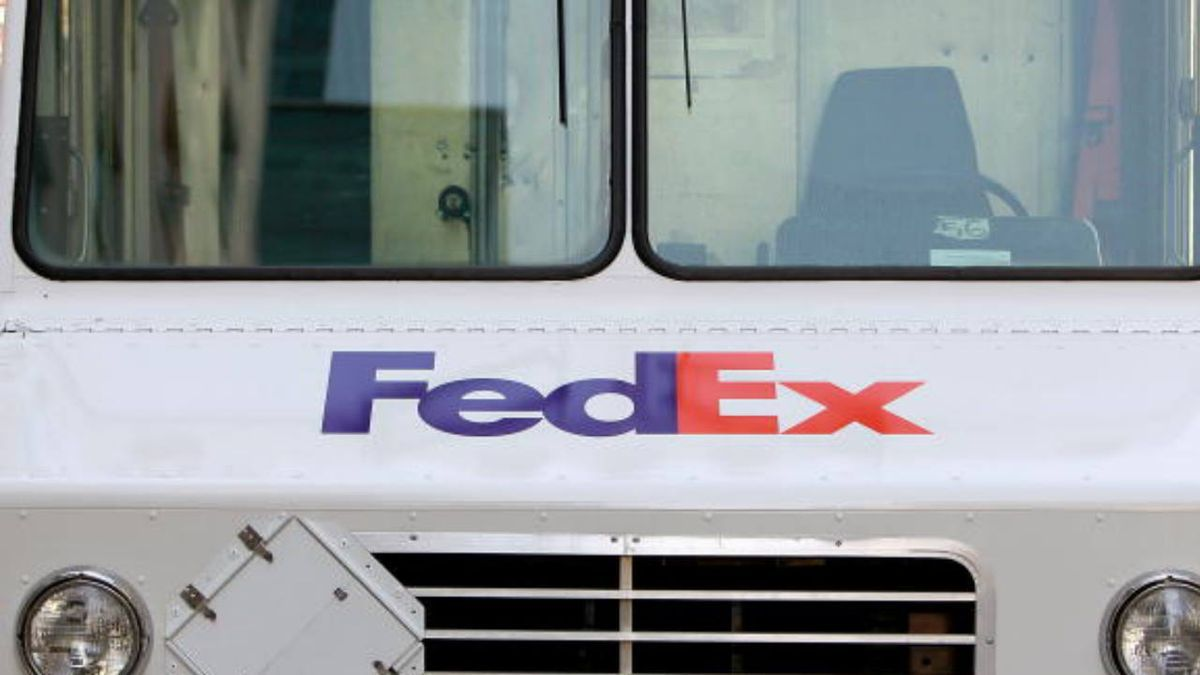 Drivers reportedly fired after viral video of confrontation with Georgia FedEx customer