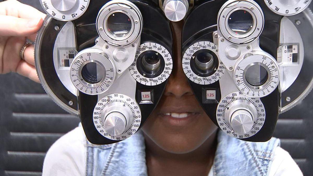 Nonprofit offers screenings, glasses to prepare students for school