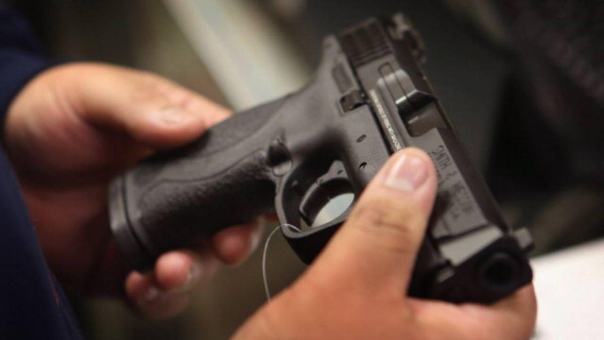 Florida school security monitor accused of bringing gun to campus