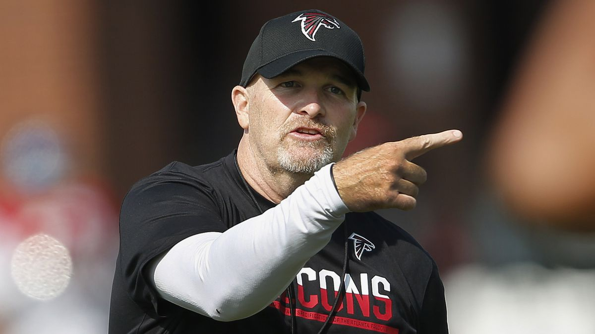 Falcons' Quinn gives Super Bowl tickets to family of fallen Marine