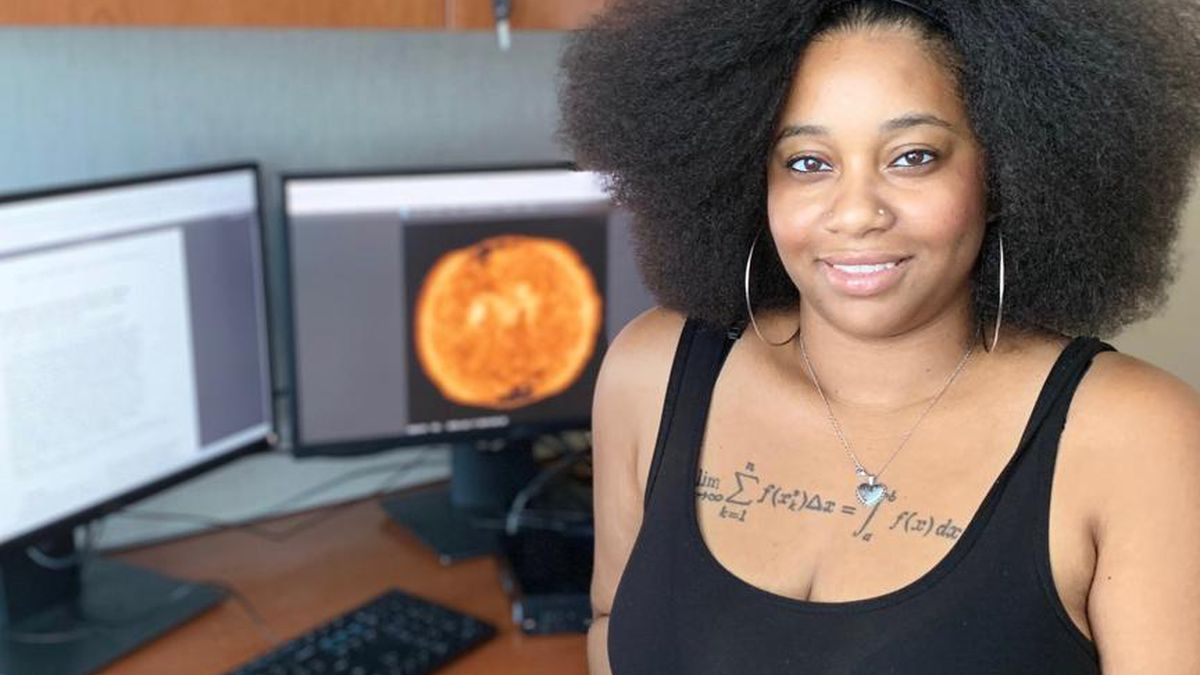 Single mom scores NASA internship; Strangers raise $8K to help her go