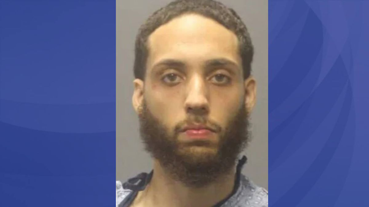 Man accused in Boston-area mall shooting faces multiple charges