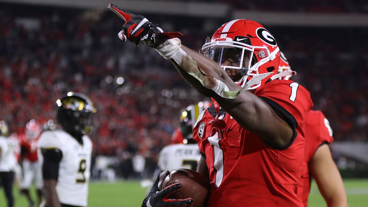 Georgia jumps to No. 5 as LSU overwhelming stays No. 1 in AP poll