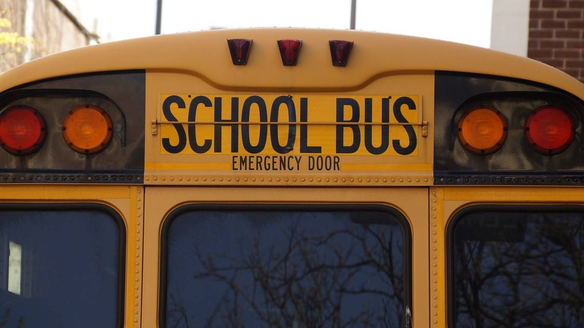 School district converting bus into food truck to deliver free meals