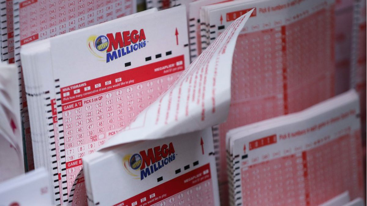 Feeling Lucky This Year Mega Millions Kicks Off 2021 With 447m Jackpot