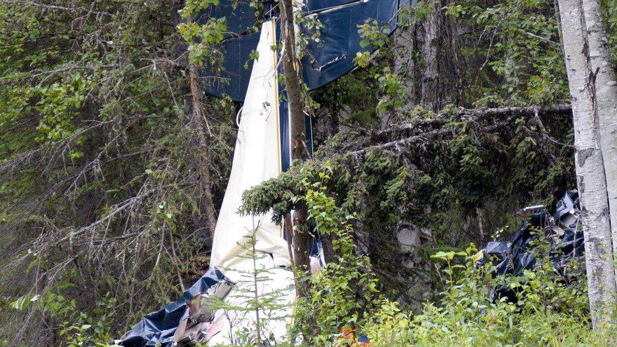 Midair collision kills 7, including state legislator, in Alaska