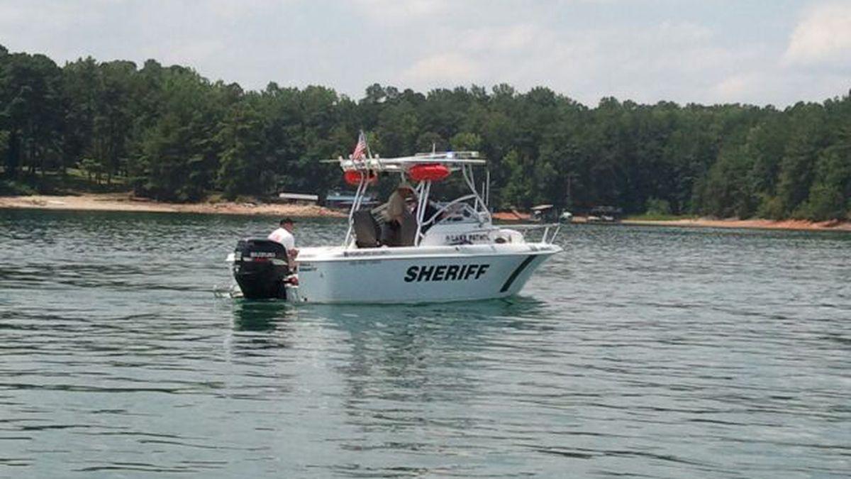 Authorities investigating 2 drownings on Lake Lanier