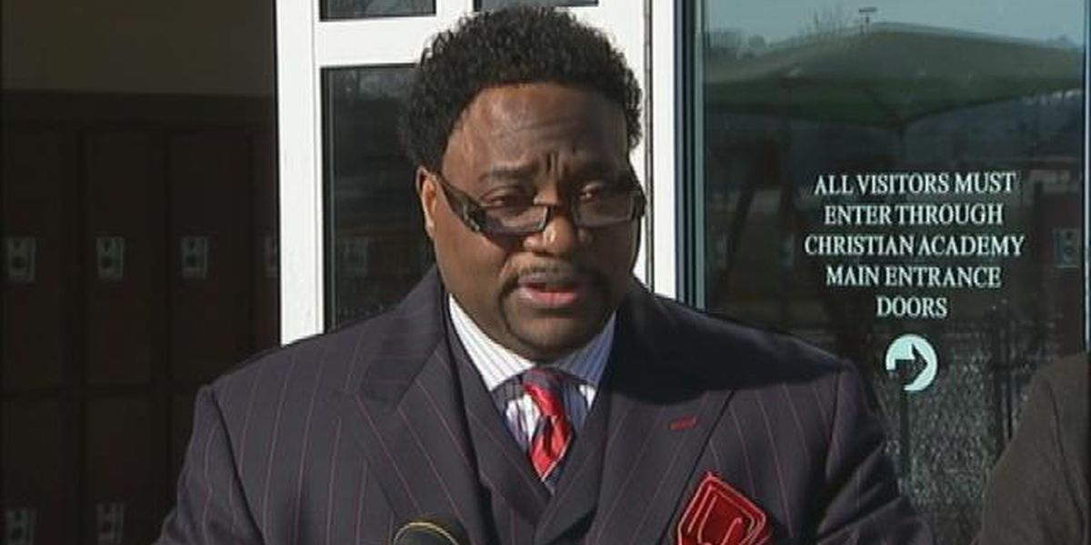Line between megachurch and Eddie Long's estate is blurry
