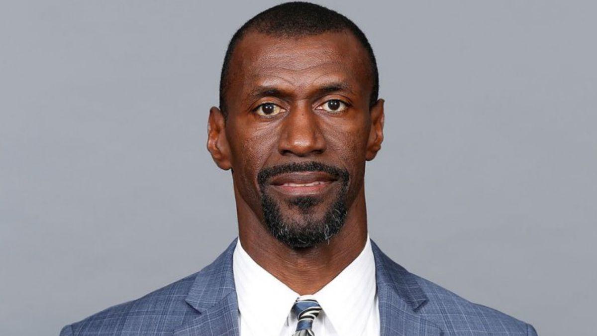 Dallas Cowboys strength coach Markus Paul dies, team says