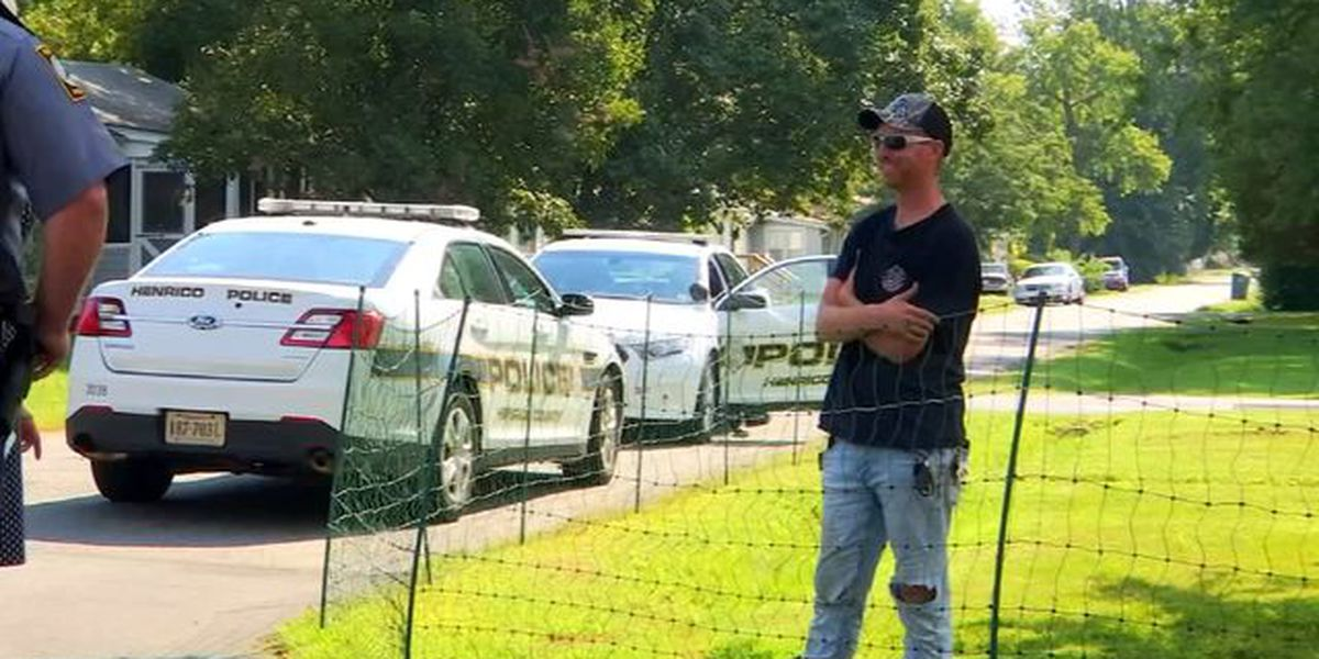 Man installs electric fence to keep kids off his lawn