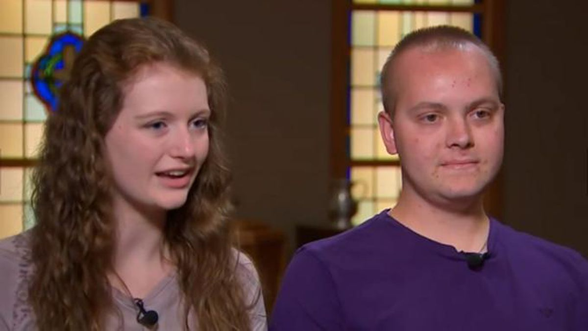 High school senior fighting rare cancer proposes to longtime girlfriend